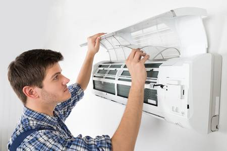 Nezapomeňte na pravidelný servis klimatizace | CVB Ventilátory a klimatizac