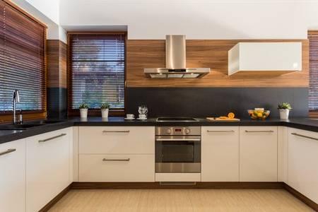 Jak vyčistit digestoř | CVB Ventilátory a klimatizace